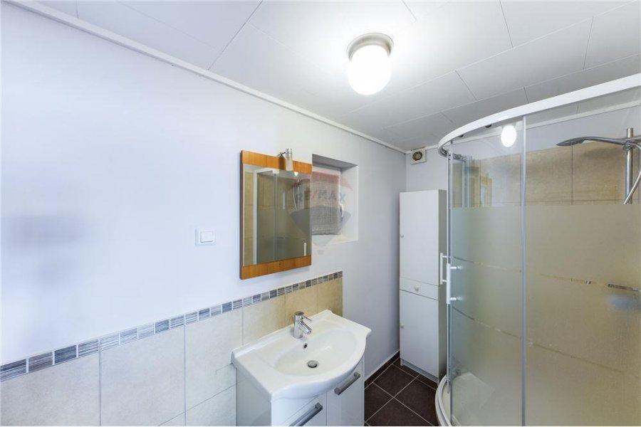 Maison à louer 5 chambres à Eischen
