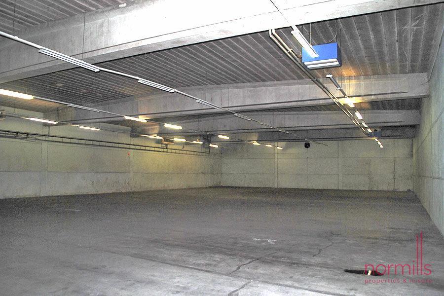 ladenfläche mieten 0 schlafzimmer 1000 m² pontpierre foto 1