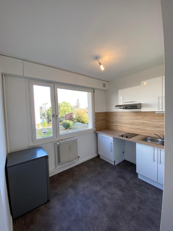 louer appartement 2 pièces 48.95 m² vandoeuvre-lès-nancy photo 3