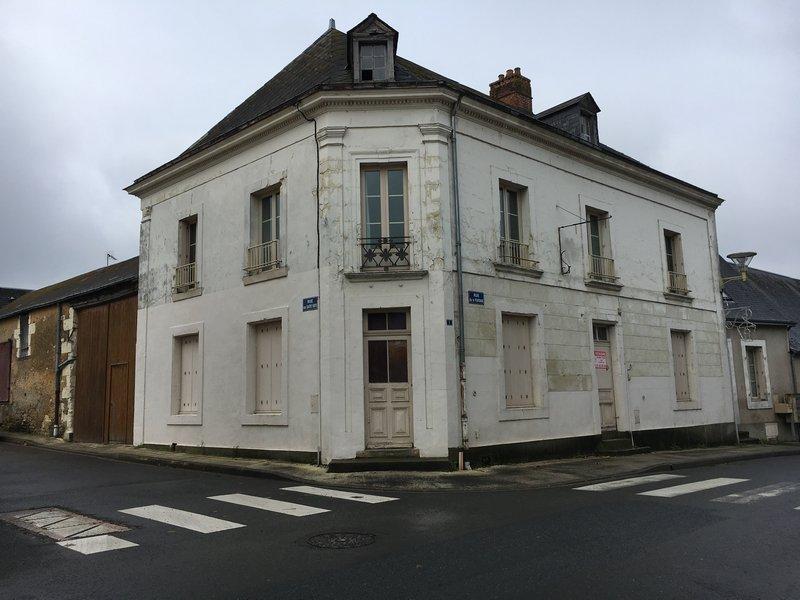 Maison à vendre F9 à Saint pierre du lorouer
