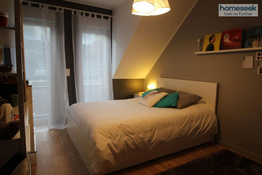 Maison à louer 6 chambres à Dalheim