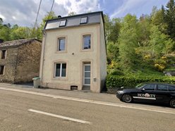 House for rent 3 bedrooms in Léglise - Ref. 6743357