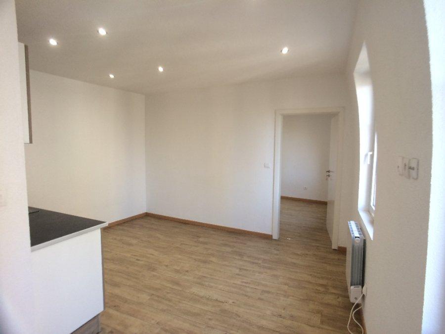 louer appartement 1 pièce 29.91 m² metz photo 4