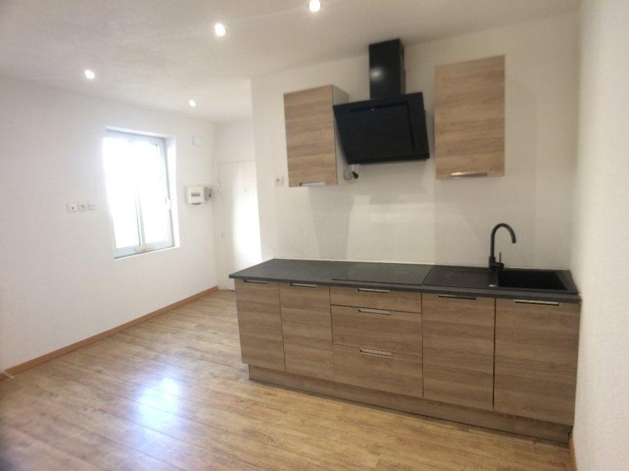 louer appartement 1 pièce 29.91 m² metz photo 2