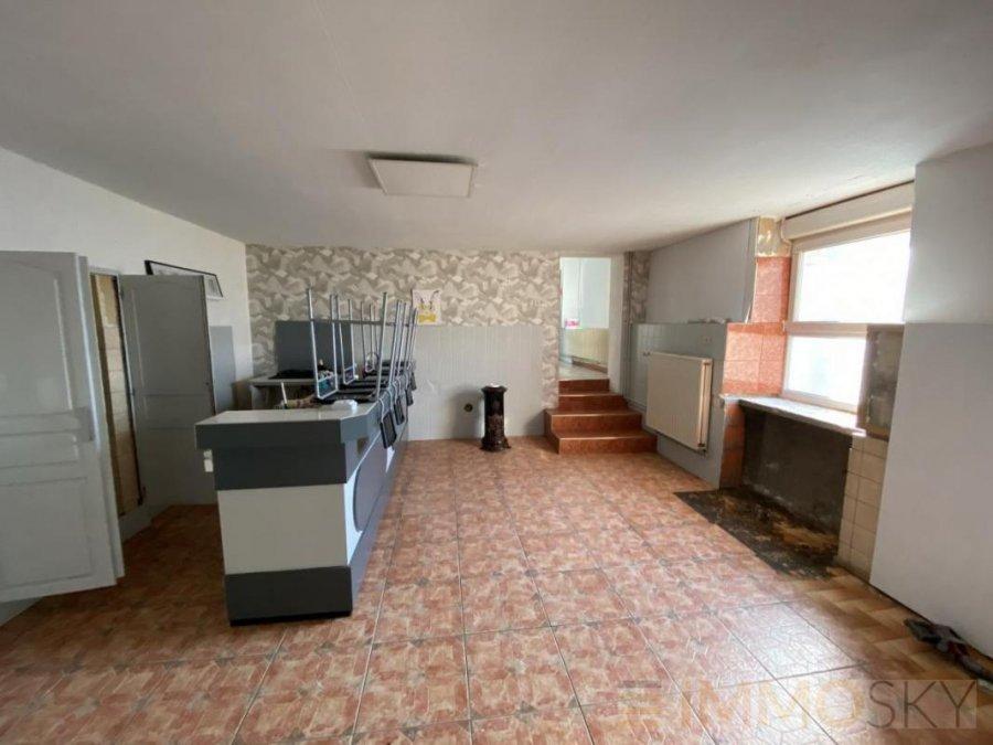 Maison à vendre F9 à Secourt