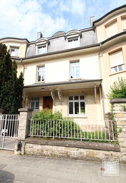 louer maison mitoyenne 6 chambres 250 m² luxembourg photo 1