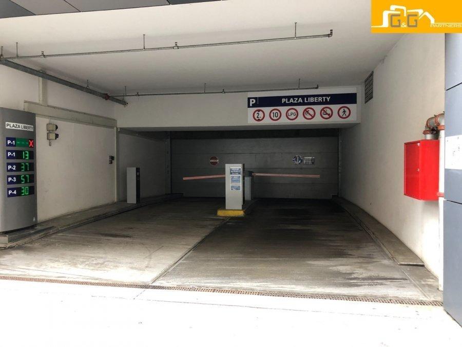 louer garage fermé 0 chambre 13.3 m² luxembourg photo 4