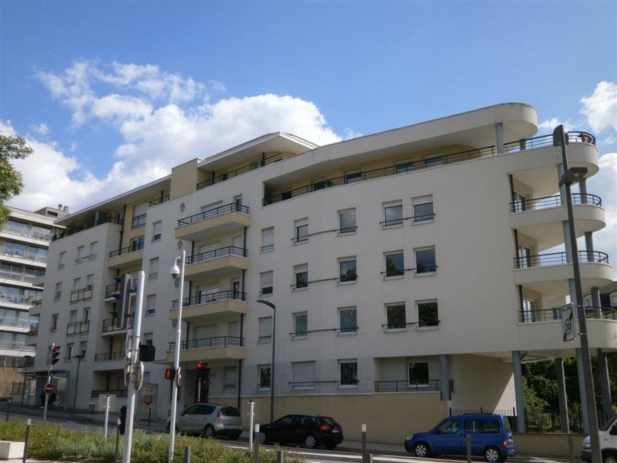 louer appartement 2 pièces 49 m² metz photo 1