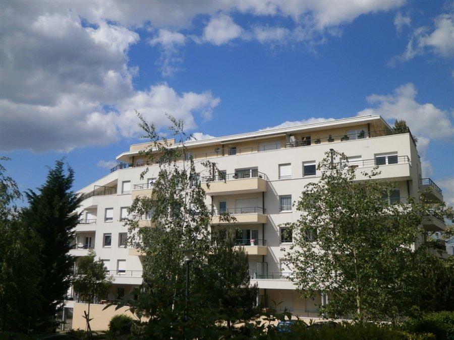 louer appartement 2 pièces 49 m² metz photo 2