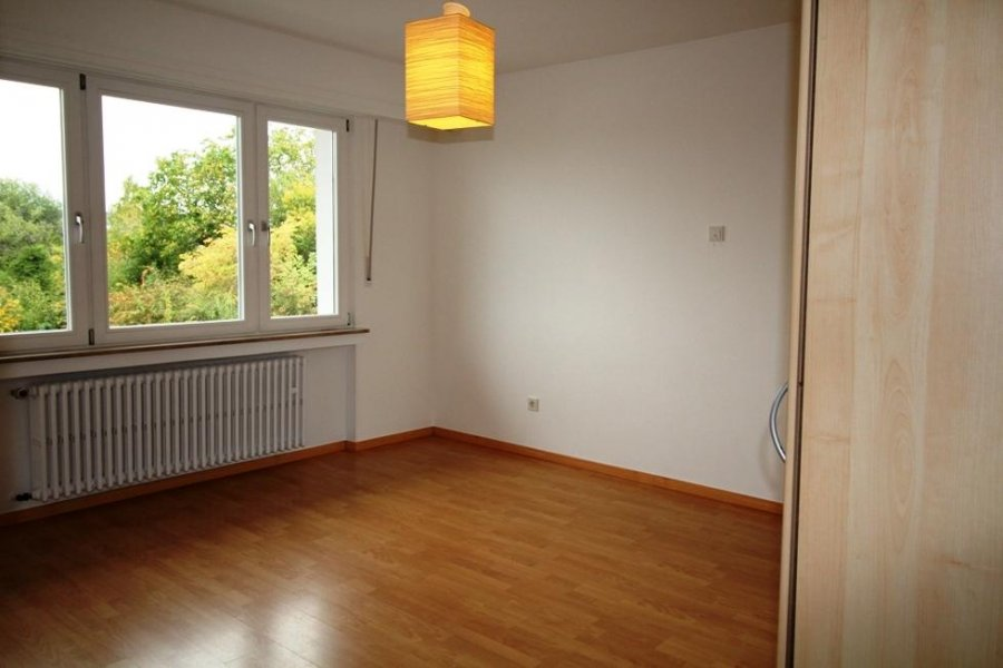 louer maison mitoyenne 3 chambres 200 m² strassen photo 6