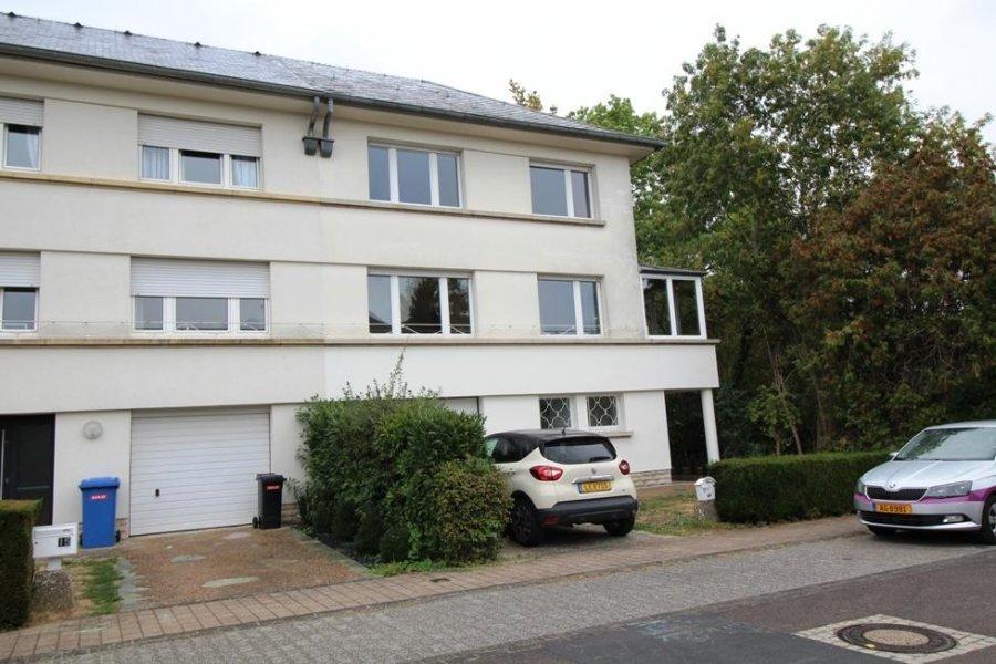 louer maison mitoyenne 3 chambres 200 m² strassen photo 1
