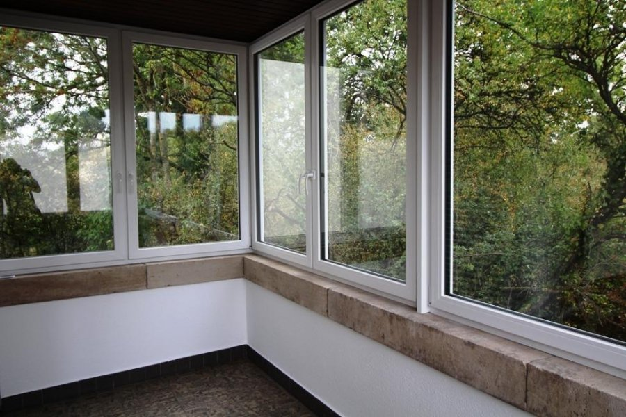 louer maison mitoyenne 3 chambres 200 m² strassen photo 5