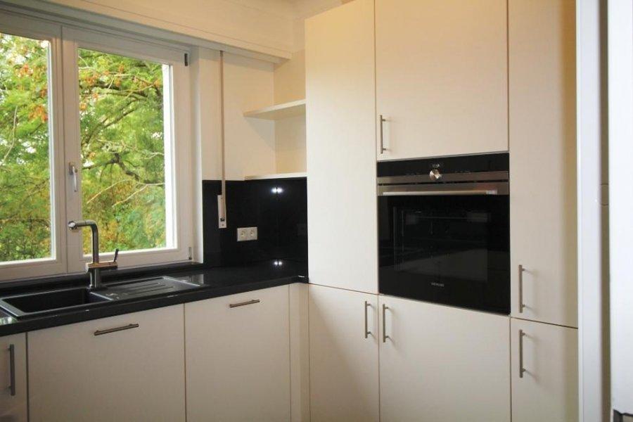 louer maison mitoyenne 3 chambres 200 m² strassen photo 2