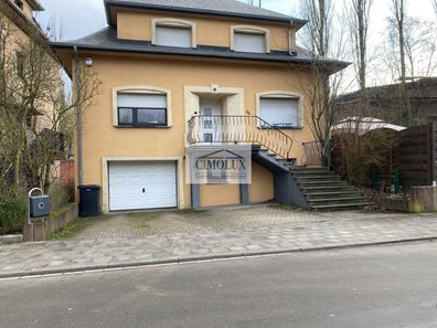 House for sale 3 bedrooms in Schifflange - Ref. 6657133