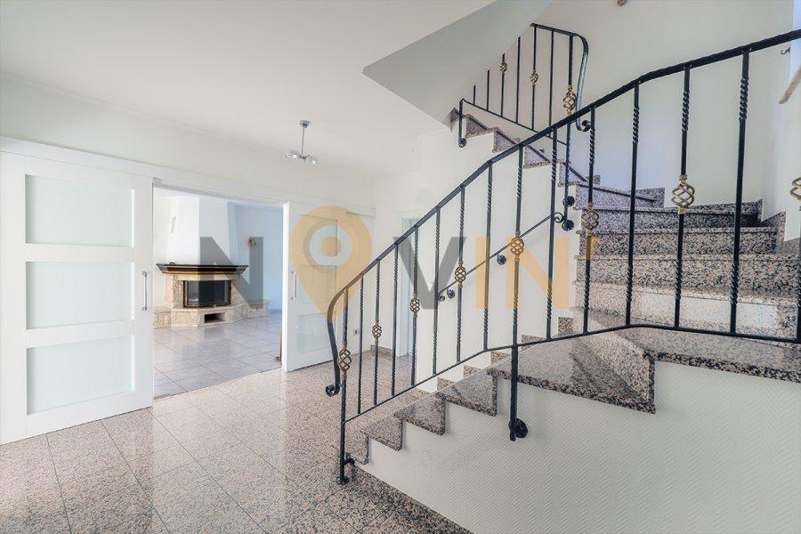 villa kaufen 5 schlafzimmer 298.4 m² strassen foto 4