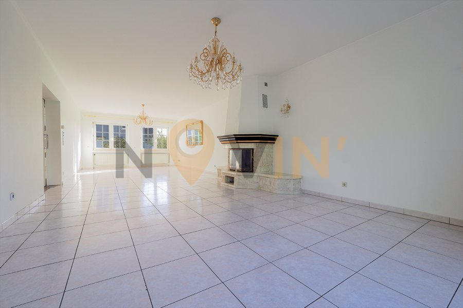 villa kaufen 5 schlafzimmer 298.4 m² strassen foto 7