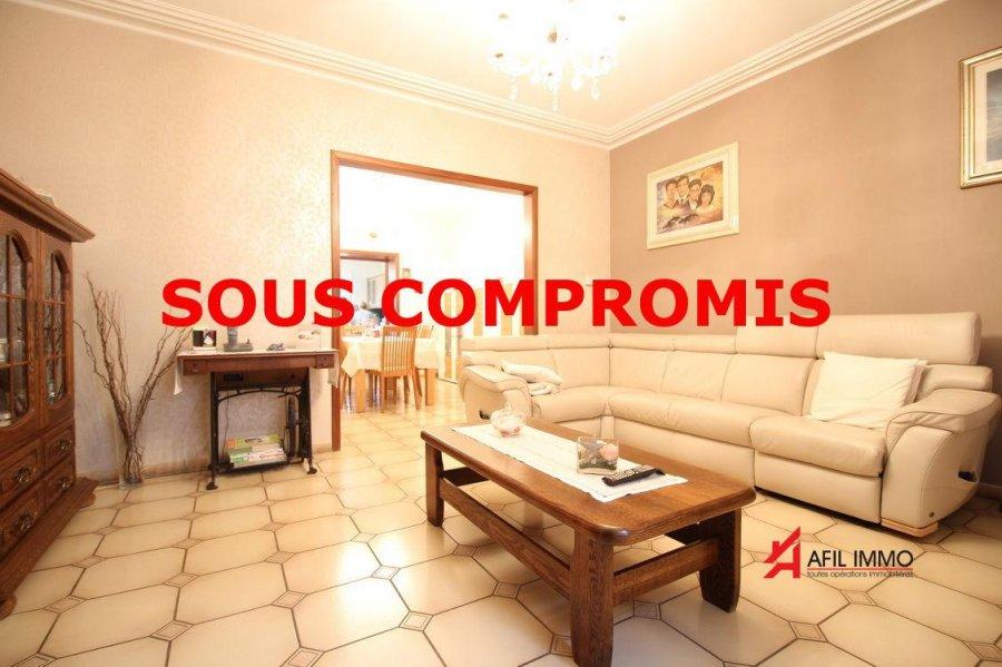 Maison mitoyenne à vendre 5 chambres à Esch-sur-alzette