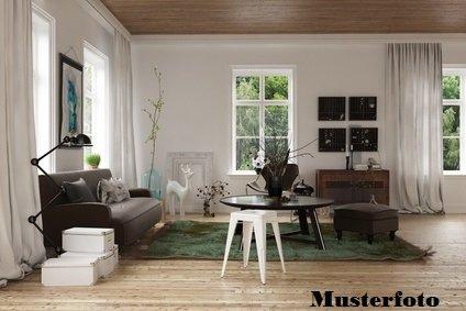 haus kaufen 8 zimmer 161 m² wadern foto 1