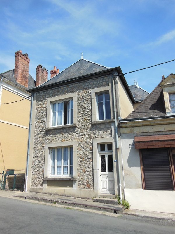 Maison à vendre F5 à Chahaignes