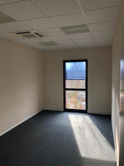louer bureau 18 pièces 387 m² metz photo 7