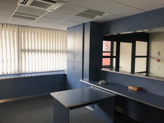 louer bureau 18 pièces 387 m² metz photo 5
