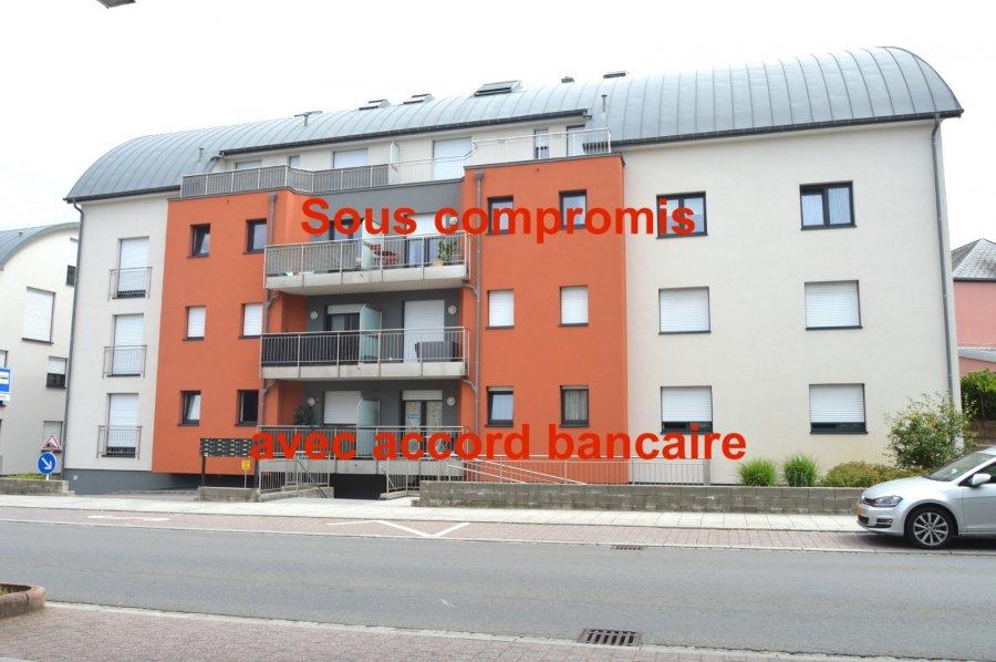 L'agence IMMOLORENA de Pétange vous propose un magnifique appartement de 80 m2 dans une nouvelle résidence idéalement situé à Rodange.  Il se compose comme suit:  - Un hall d'entrée de 9m2 avec un WC séparé - Une très belle cuisine toute équipée en laqué taupe ouvert sur  - Un double living de 28,25m2 donnant sur un balcon plein sud de 8m2 - Deux chambres de 15m2 et 11,50m2  - Une salle de bain de 6,12m2  Le sol est en carrelage 60 /60 gris anthracite L'appartement est équipé d'une clim réversible chaud/froid, et tous les volets sont électriques  Un emplacement intérieur et une cave viennent compléter ce bien L'appartement est dans un excellent état  A voir absolument!!  Pour tout contact: Joanna Corvina 621 36 56 40 (FR) Vitor Pires: 691 761 110 (PT, IT, UK, FR)  L'agence Immo Lorena est à votre disposition pour toutes vos recherches ainsi que pour vos transactions LOCATIONS ET VENTES au Luxembourg, en France et en Belgique. Nous sommes également ouverts les samedis de 10h à 19h sans interruption.