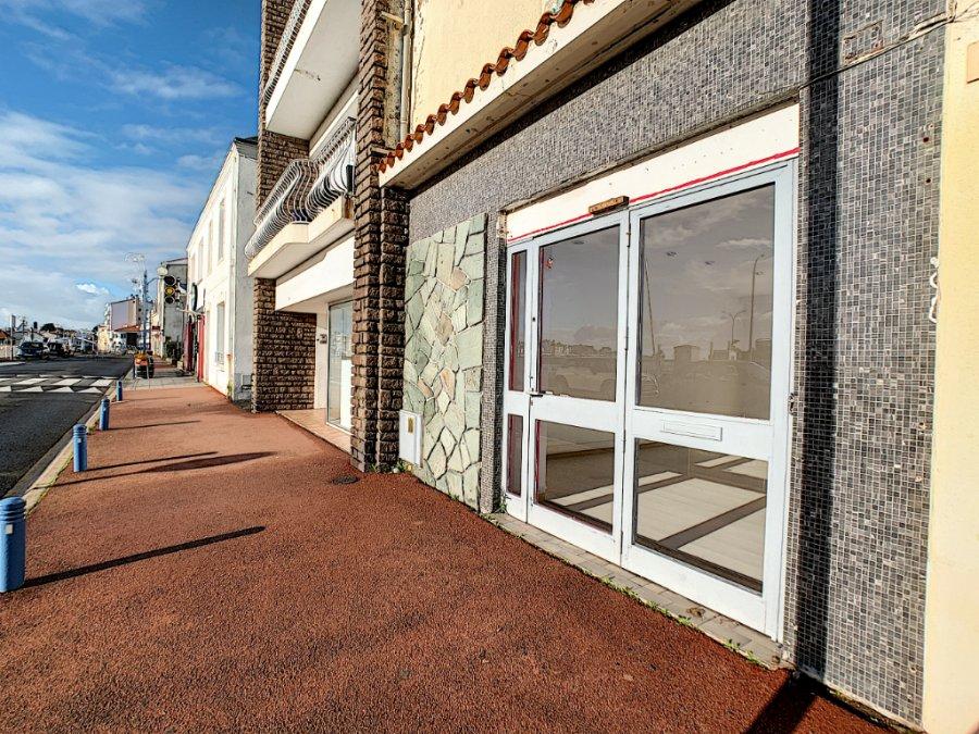 louer local commercial 2 pièces 43 m² saint-gilles-croix-de-vie photo 1