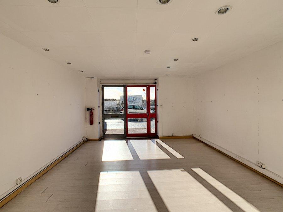 louer local commercial 2 pièces 43 m² saint-gilles-croix-de-vie photo 2