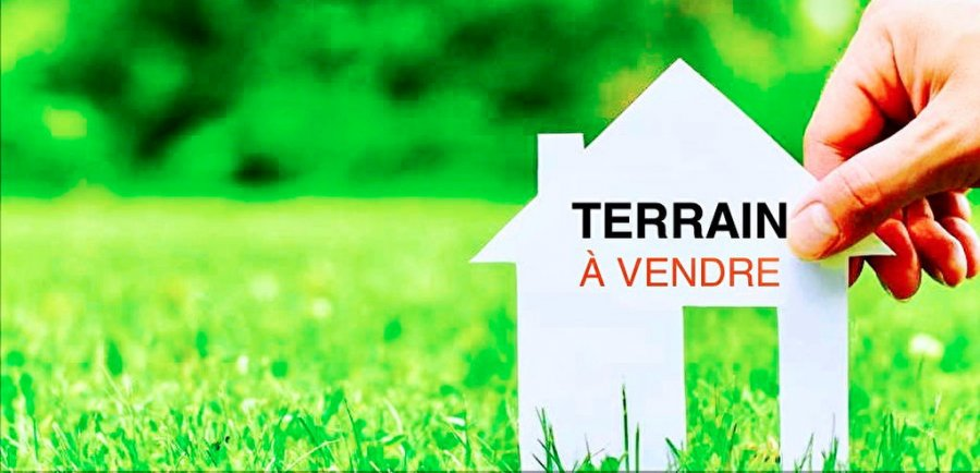 Terrain constructible à vendre à Contz-les-Bains