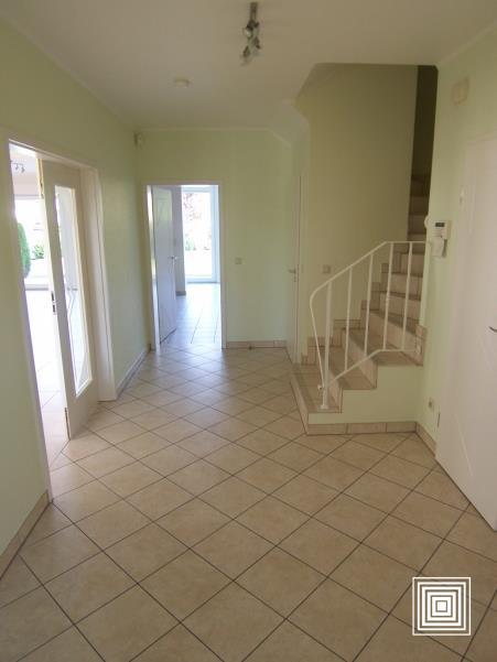 louer maison jumelée 4 chambres 225 m² strassen photo 2