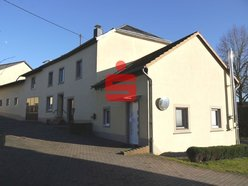House for sale 8 rooms in Kyllburgweiler - Ref. 6708637