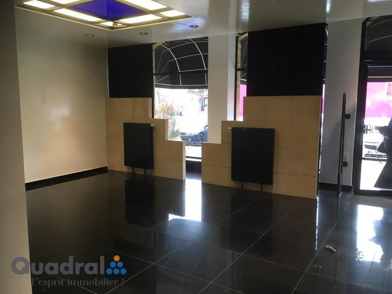 louer local commercial 0 pièce 0 m² longwy photo 2