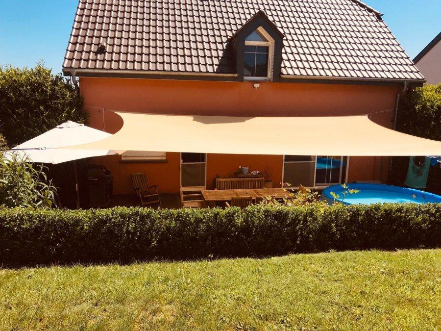 Maison individuelle à vendre 3 chambres à Hoscheid