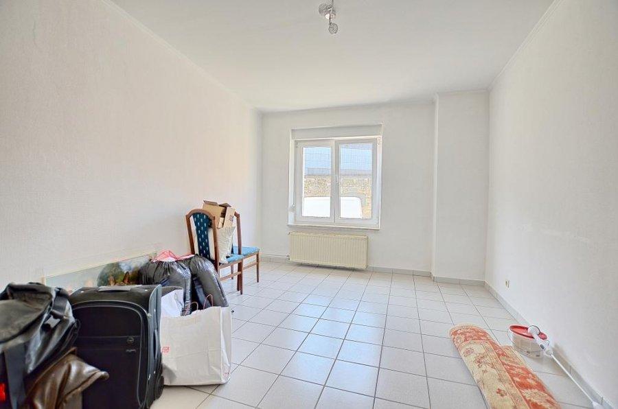 Maison mitoyenne à vendre 5 chambres à Dudelange