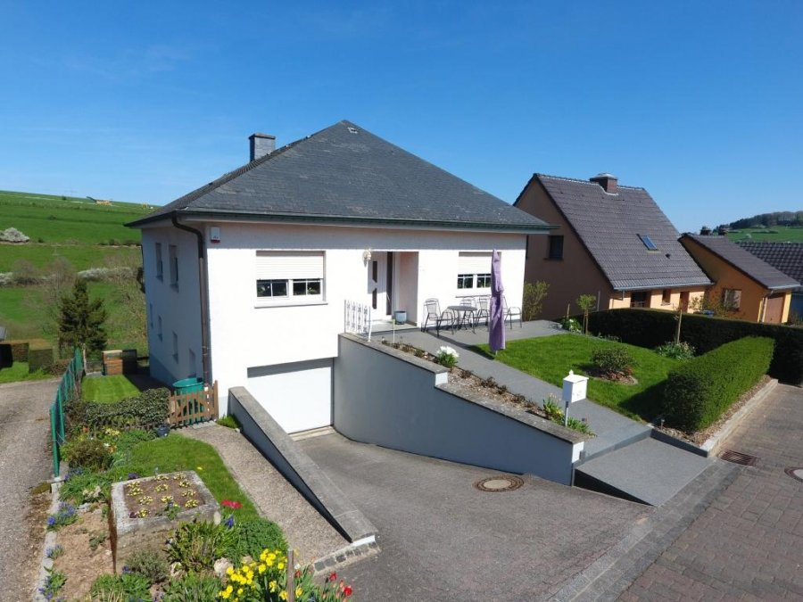Attractive Detached House For Buy 4 Bedrooms 150 M² Niederfeulen Photo 1