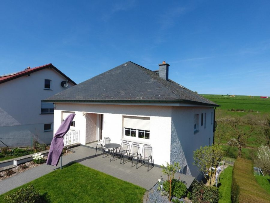 Exceptional Detached House For Buy 4 Bedrooms 150 M² Niederfeulen Photo 2
