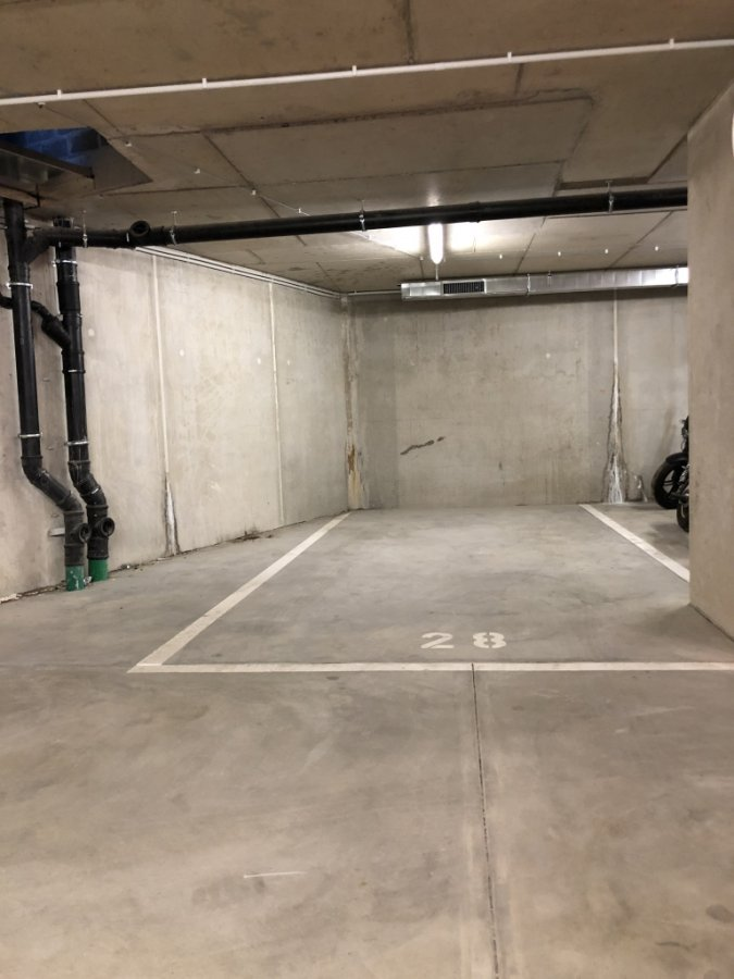 louer garage-parking 0 chambre 18.95 m² luxembourg photo 1