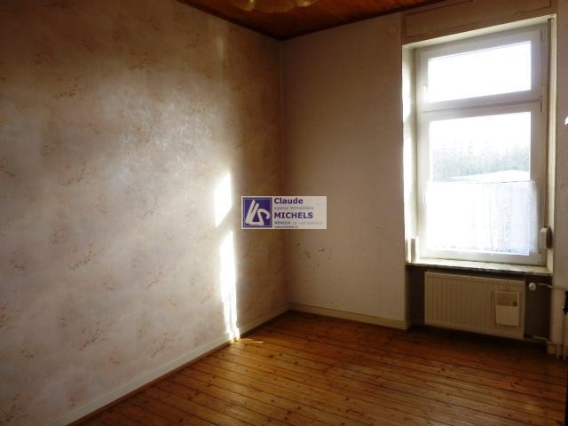 louer bureau 1 chambre 16 m² wintrange photo 2