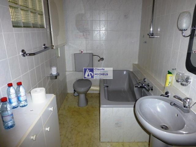 louer bureau 1 chambre 16 m² wintrange photo 4