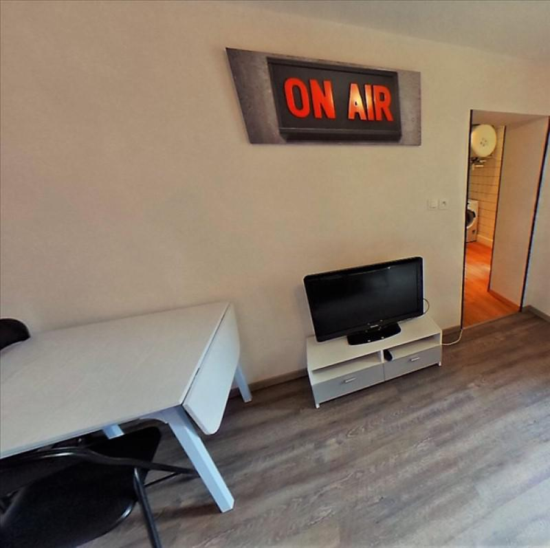 appartement louer pinal 38 m 415 immoregion. Black Bedroom Furniture Sets. Home Design Ideas