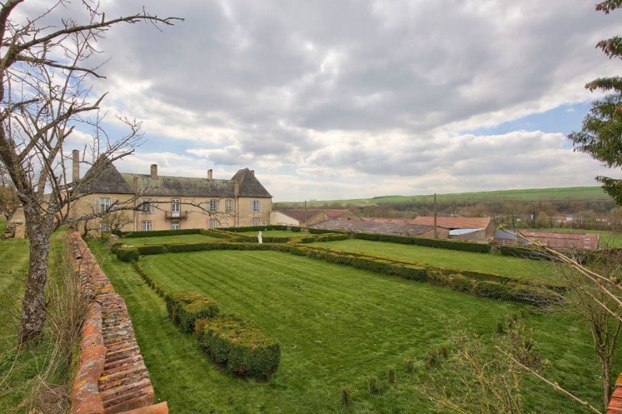 castle for buy 14 rooms 400 m² bionville-sur-nied photo 1