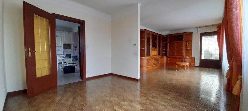 acheter maison 5 pièces 106 m² cattenom photo 1