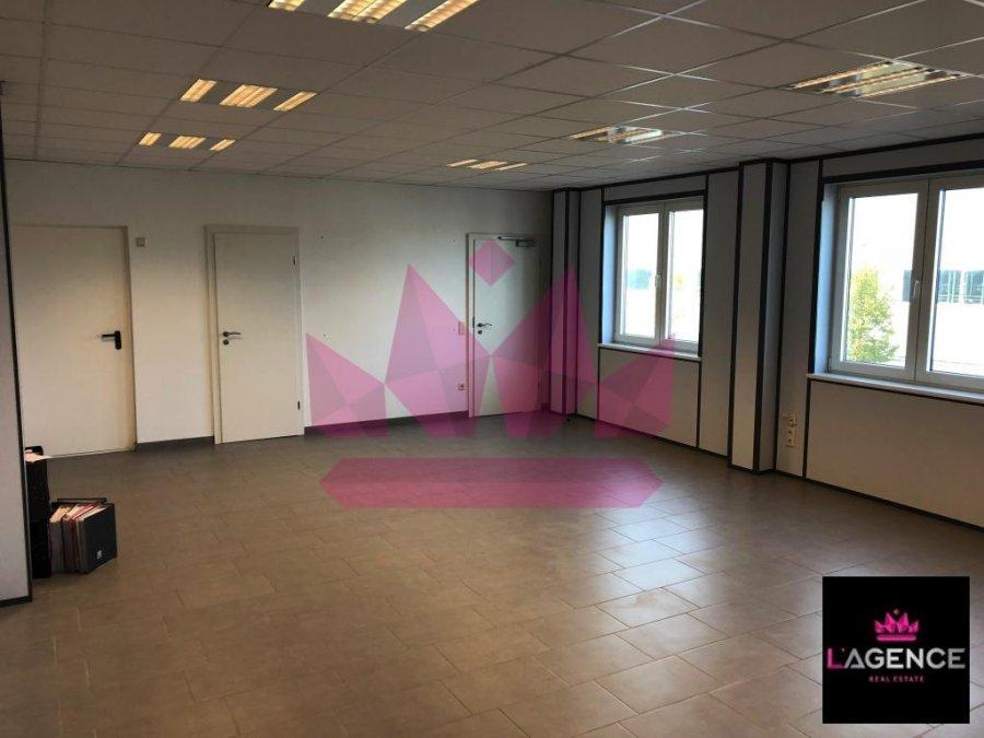 louer bureau 0 chambre 60 m² capellen photo 4