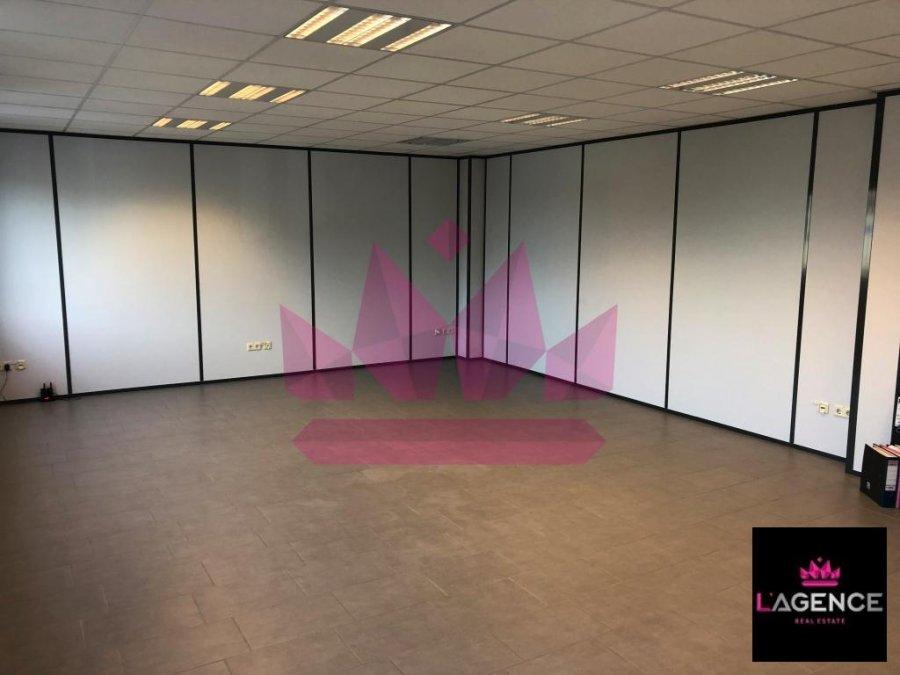 louer bureau 0 chambre 60 m² capellen photo 2