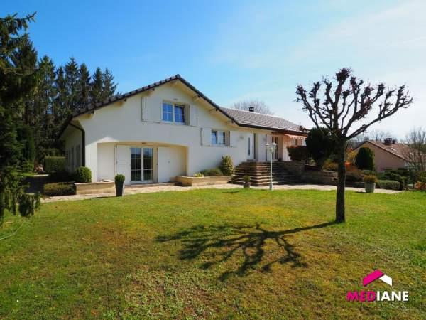 acheter maison 9 pièces 190 m² charmes photo 1