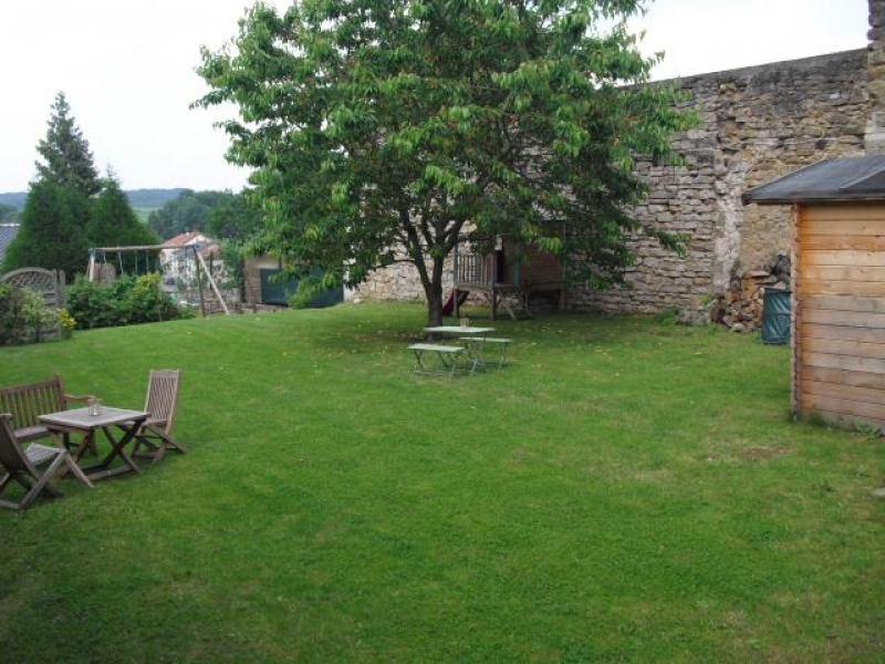 house for buy 8 rooms 328 m² roussy-le-village photo 2