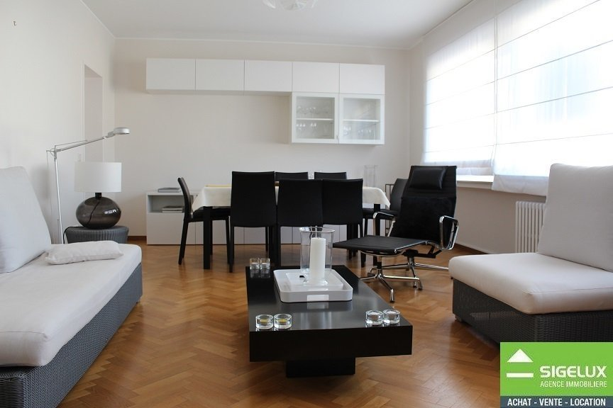 Appartement à louer 4 chambres à Luxembourg-Belair
