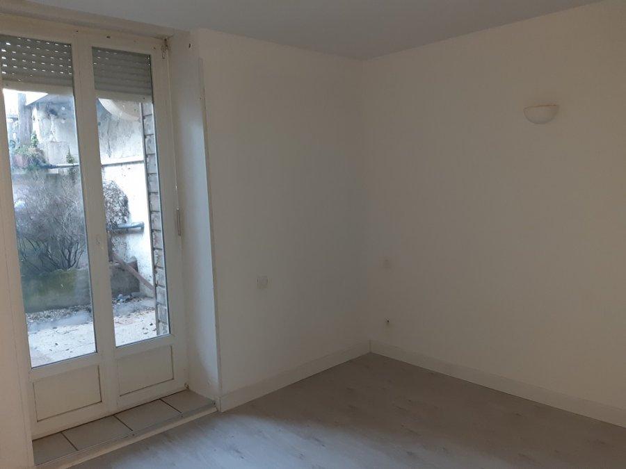 louer appartement 2 pièces 67 m² toul photo 6