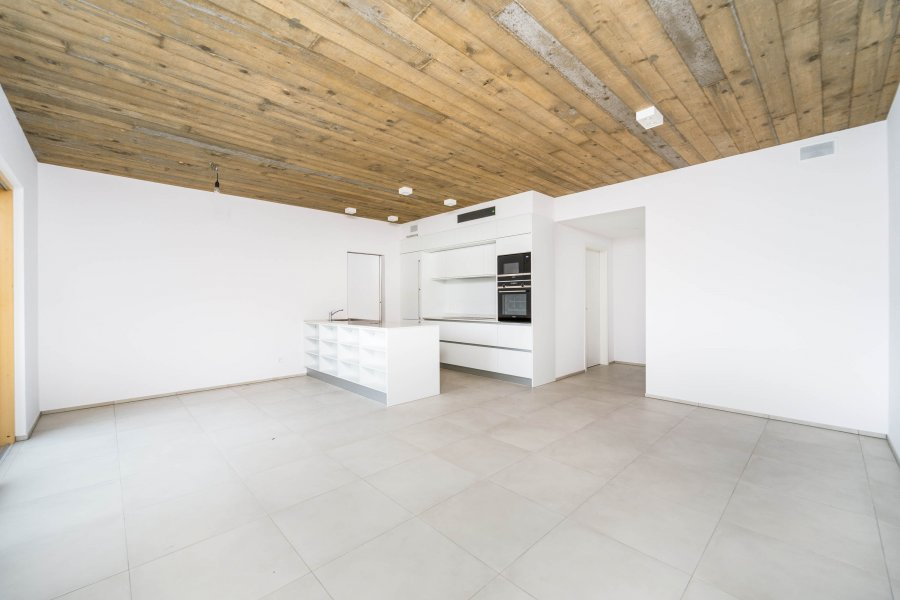 louer appartement 2 chambres 88 m² neuhaeusgen photo 3