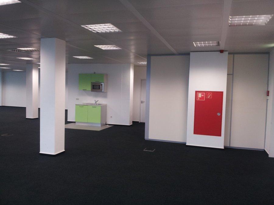 louer bureau 0 chambre 420 m² contern photo 2